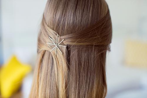Невидимки для светлых волос